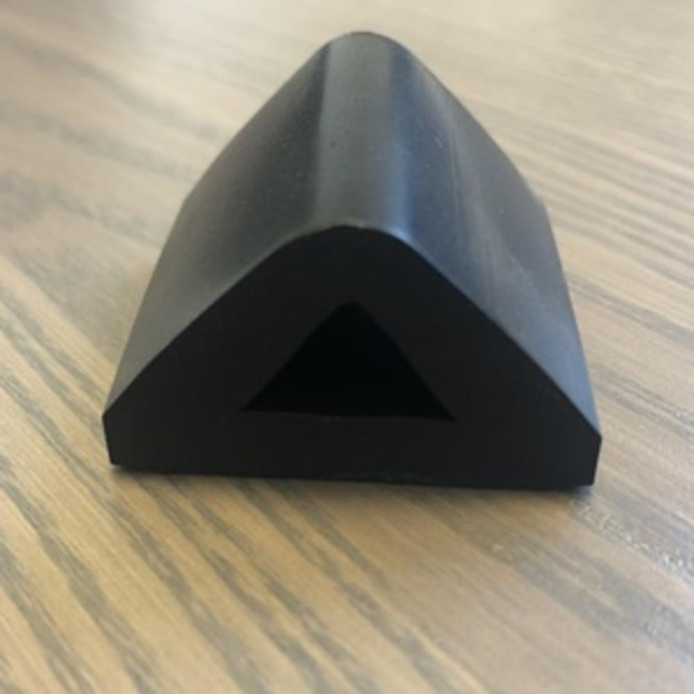 Défense de Quai Noir   [40 x 22 mm]   Vendu au Mètre