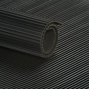 Tapis à STRIES FINES cc Noir   [EP 3 mm]   1 Mètre Linéaire = 1,2 m²